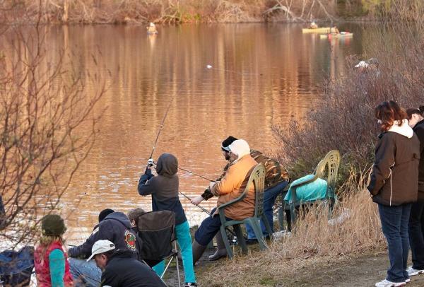 Anglers line up