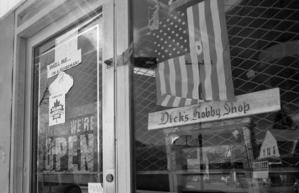 Dick's Sport and Hobby Shop